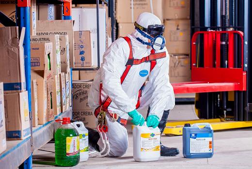Man in PPE Medium